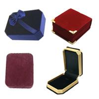 Velveteen Pendant Box