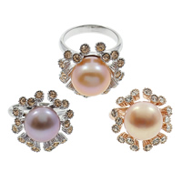 Cultured Freshwater Pearl Finger Ring, Brass, with Freshwater Pearl, Flower, plated, natural & with rhinestone, more colors for choice, nickel, lead & cadmium free, 11-12mm, US Ring Size:6.5, Sold By PC
