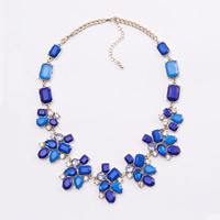 Fashion Statement Necklace, Zinc Alloy, with Crystal & Acrylic, with 3lnch extender chain, gold color plated, twist oval chain & faceted & with rhinestone, 43mm, Length:Approx 20 Inch, Sold By Strand
