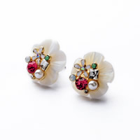 Zinc Alloy Stud Earring, with rubber earnut & White Shell & Crystal & Plastic Pearl, brass post pin, Flower, gold color plated, natural & enamel & faceted, 18mm, Sold By Pair