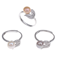 Pearl Brass Finger Ring, with Freshwater Pearl, Leaf, platinum color plated, natural & micro pave cubic zirconia, mixed colors, nickel, lead & cadmium free, 7-8mm, 12x28x21mm, 220x35x140mm, US Ring Size:8, 36PCs/Box, Sold By Box