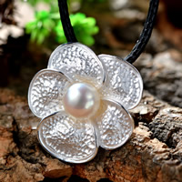 Cultured Pearl Sterling Silver Pendants, 925 Sterling Silver, with Freshwater Pearl, Flower, real silver plated, natural, 29x28mm, Hole:Approx 1-2mm, Sold By PC