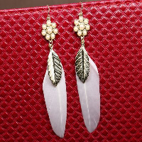 Fashion Feather Earring , with Resin Pearl & Zinc Alloy, brass earring hook, gold color plated, for woman, white, 15mm, 14x32mm, 65mm, Sold By Pair
