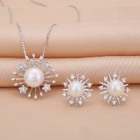 Sterling Silver Freshwater Pearl Jewelry Sets, 925 Sterling Silver, earring & necklace, with Freshwater Pearl, Flower, natural, box chain & with rhinestone, 22x21mm, 15x15mm, Length:Approx 17.7 Inch, Sold By Set