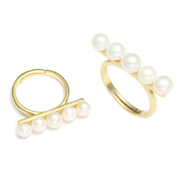 Cultured Freshwater Pearl Finger Ring, with Brass, gold color plated, natural, 5x26x25mm, US Ring Size:6.5, Sold By PC